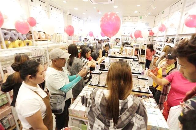 <a href='/index.html'><b>YOYOSO</b></a><a href='/index.html'><b>韩尚优品</b></a>菲律宾Marikina店1